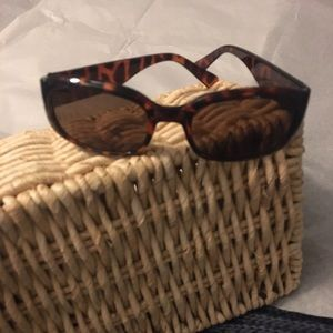 Tortoise 🐢 Shell Sunglasses 🕶